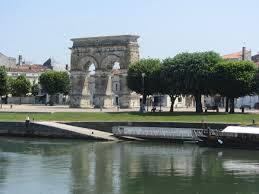Arc triomphe Saintes